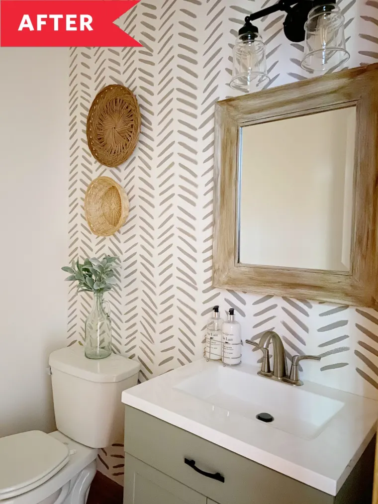 Photo of Before and After: This High-Impact Powder Room Overhaul Cost Just $65 (!!!)