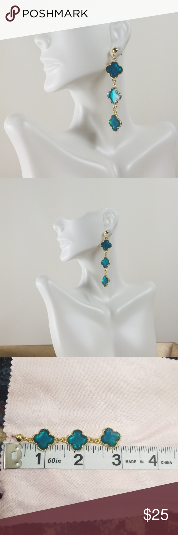 Blue clover earring Hand made Gold plated Size adjustable open back . Barcode C٣٤٠٩٨٧ No brand Jewel...