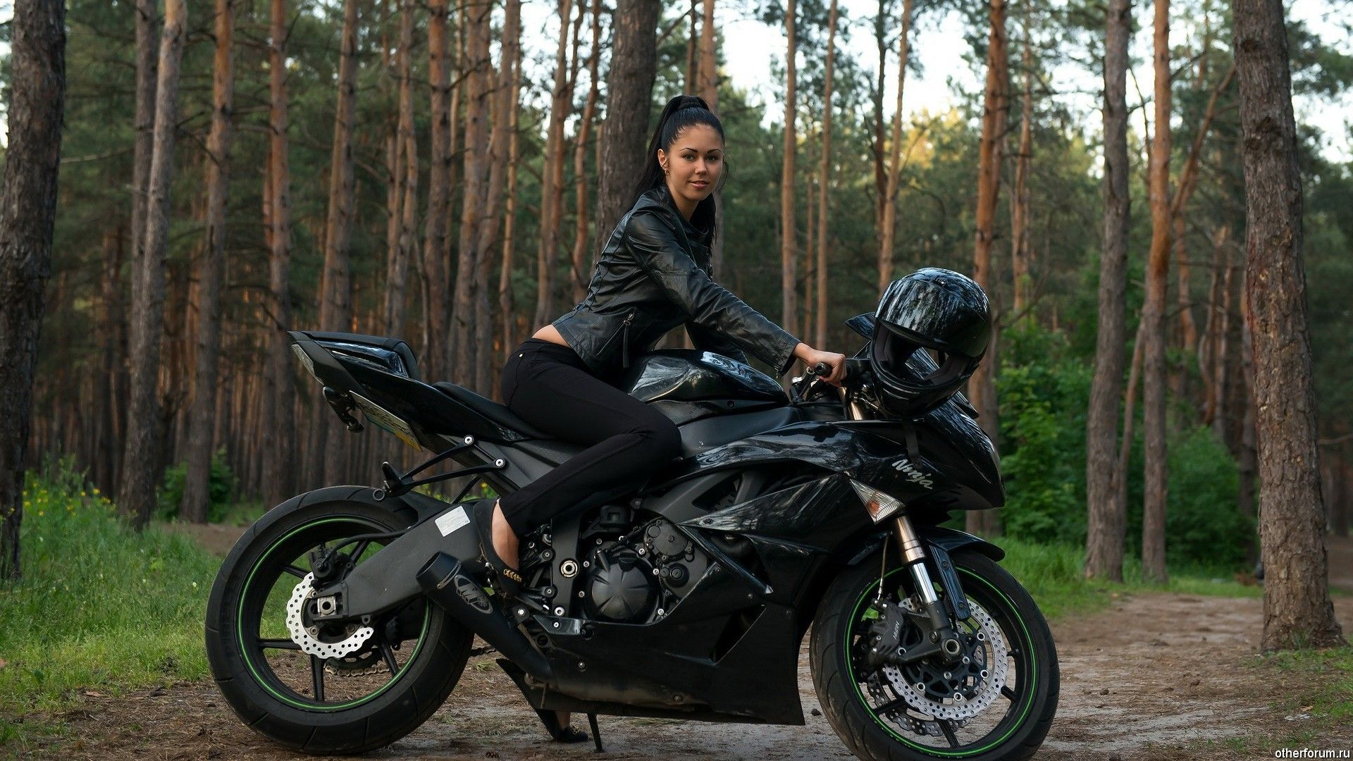 Ok It S Incredibly Unfair To Combine All Women Into One Stereotype But For This Group Of Females They Motorcycle Girl Ninja Motorcycle Motorcycle Wallpaper