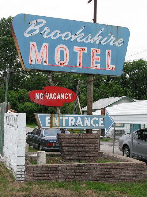 Brookshire Motel Neon Sign Route 66 Motels Cafes More