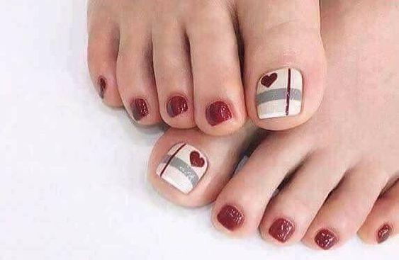 27 Adorable Easy Toe Nail Designs 2020 Simple Toenail Art Designs Page 20 Of 25 Creative Vision Design Simple Toe Nails Summer Toe Nails Toenail Art Designs