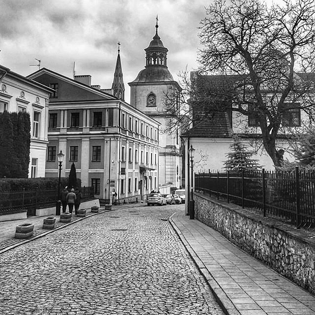 Cobblestone street is always looking better in black and ...