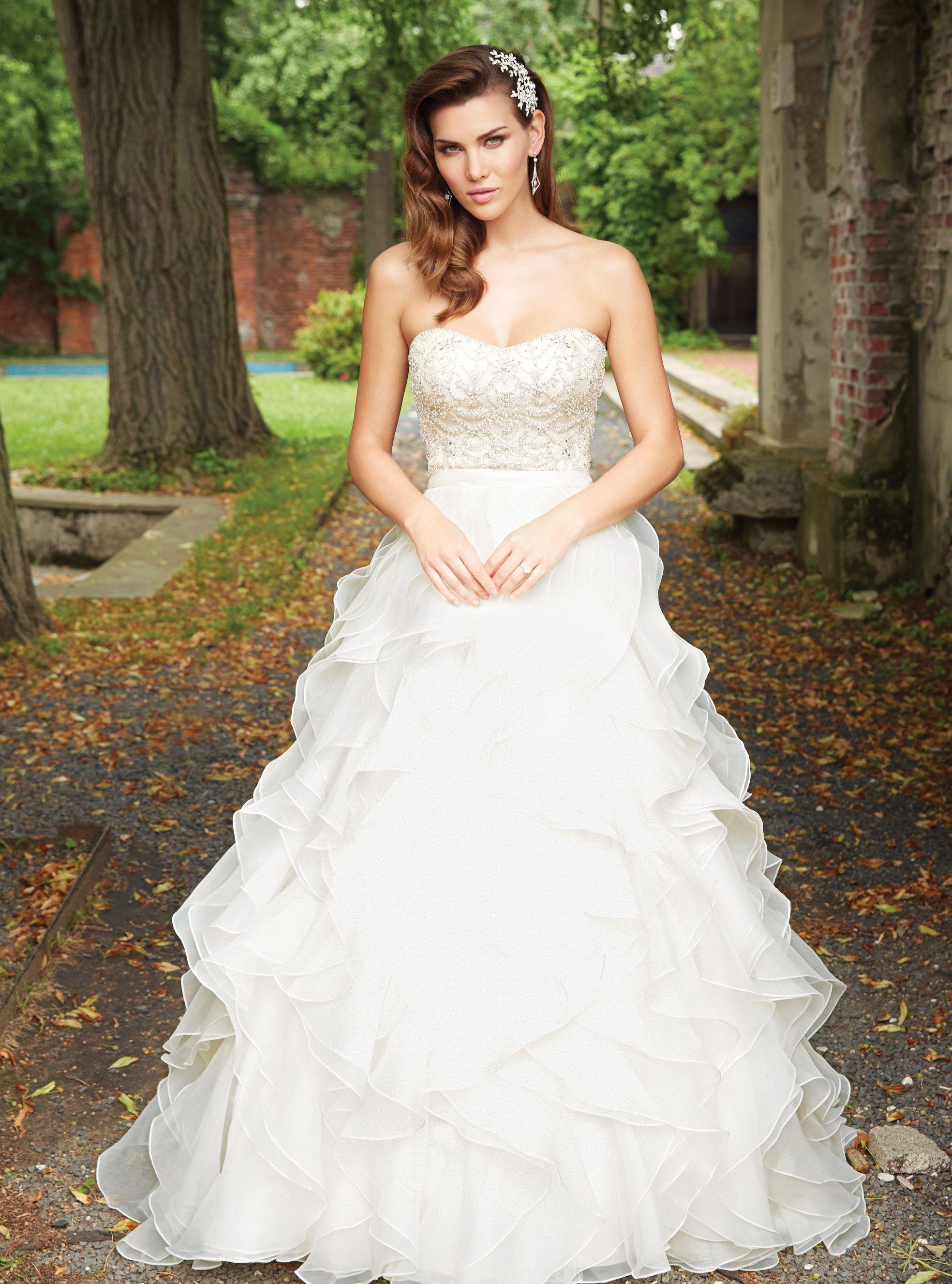 Strapless wedding gown i strapless bridal gown i summer wedding