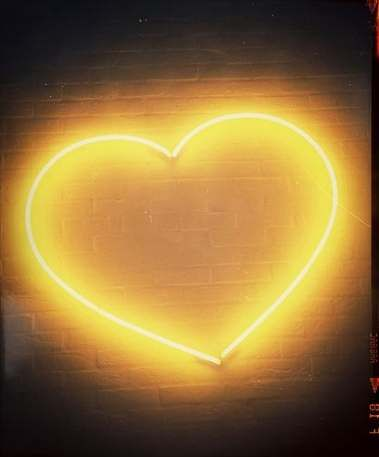Yellow Aesthetic Wallpaper Neon 59 Trendy Ideas Yellow Aesthetic Yellow Aesthetic Pastel Yellow Heart