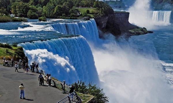 Cataratas Del Niagara Desde Nueva York Jpg 600 358 Lugares Para Viajar Pontos De Férias Cataratas Do Niágara