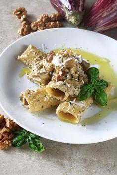 Paccheri con pesto di melanzane e noci primi piatti for Ricette italiane primi piatti