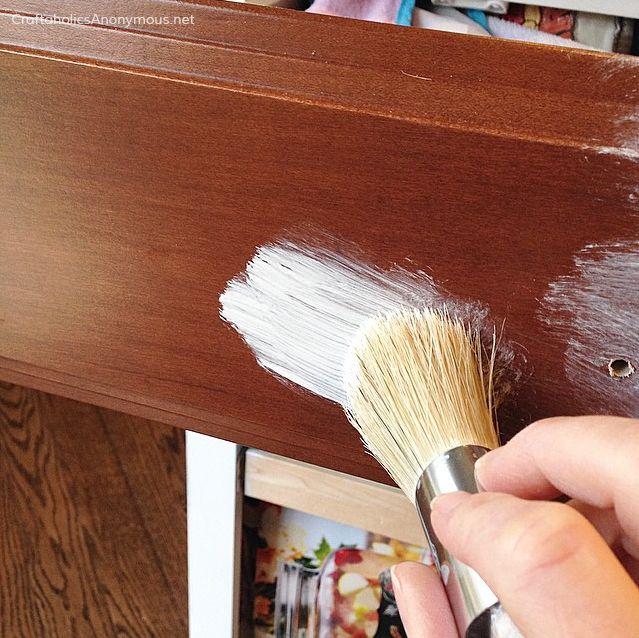How to Paint Kitchen Cabinets with Chalk Paint | Pintando muebles ...