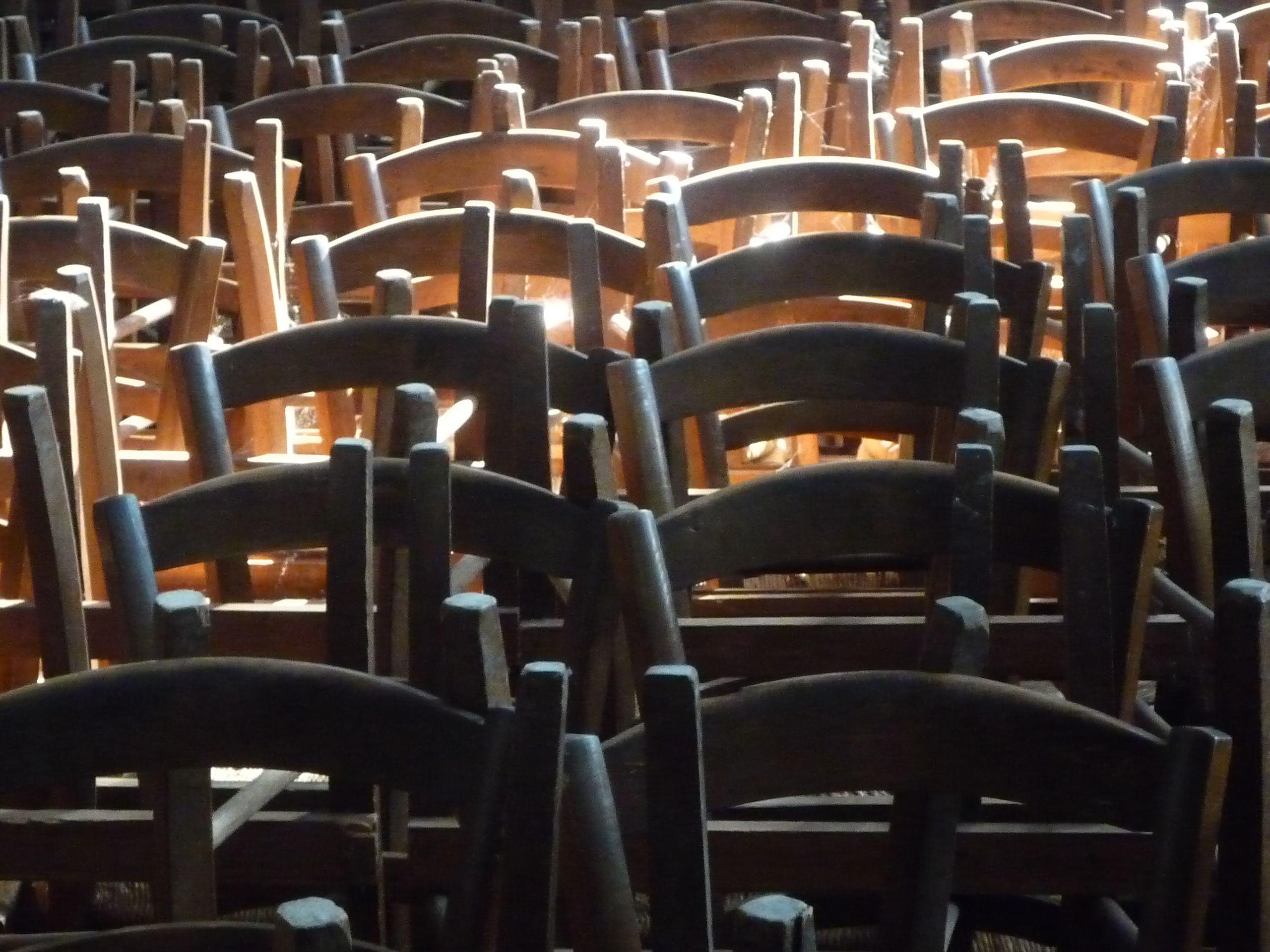 chaises partir de 20 en d p t vente l 39 etablisienne pinterest. Black Bedroom Furniture Sets. Home Design Ideas