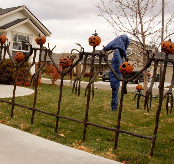 halloween pumpkin fence Trick or Treat Pinterest Gallows