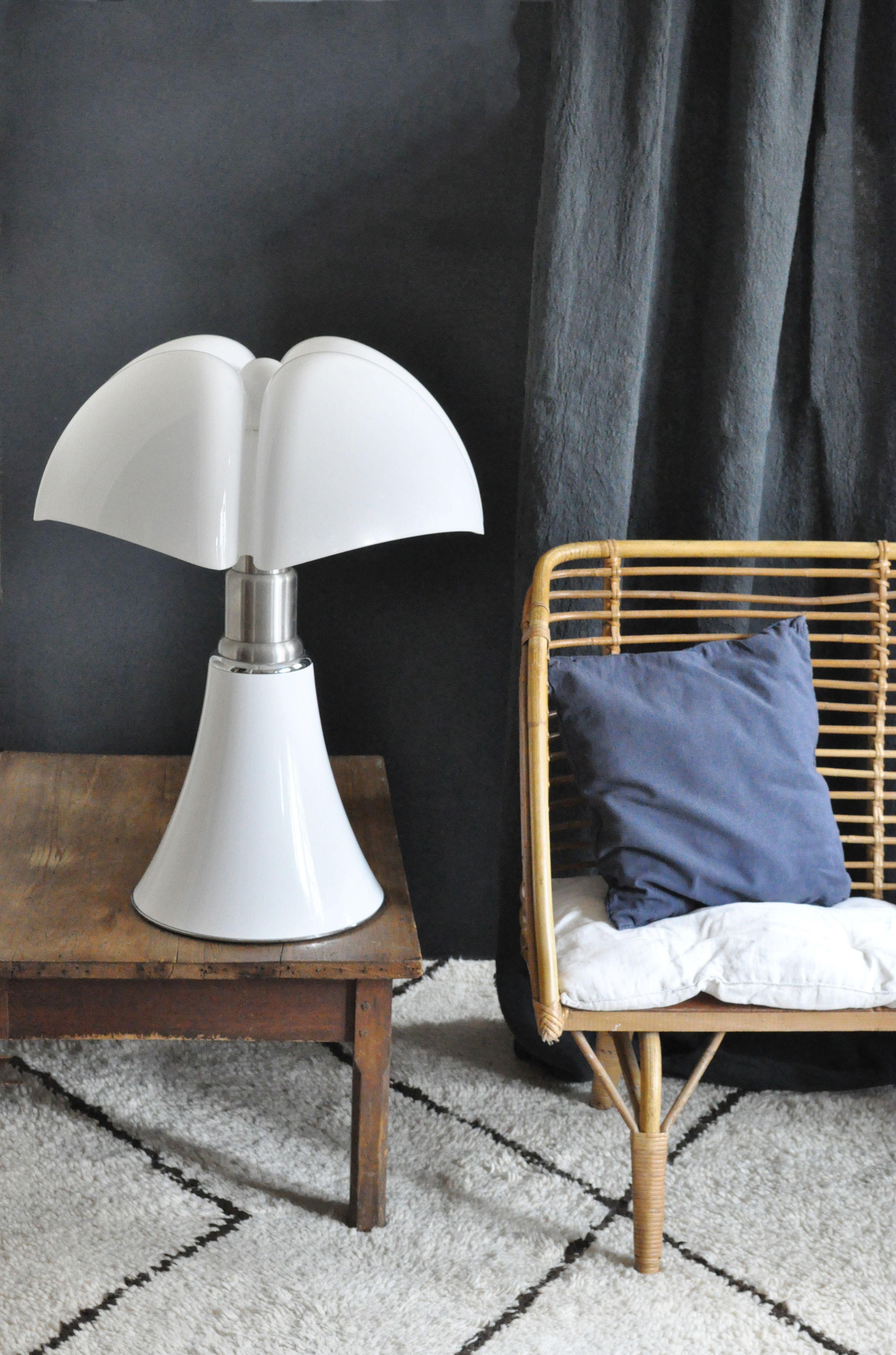 accueil d co d int rieure lampe pipistrello mobilier. Black Bedroom Furniture Sets. Home Design Ideas
