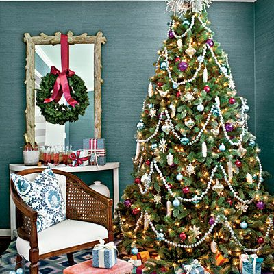 Our Favorite Holiday Drama Gorgeous Trees! Christmas tree, Blue - southern living christmas decorations