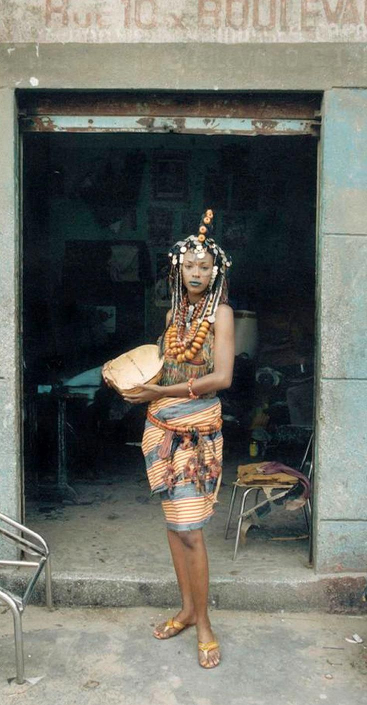4 Factors to Consider when Shopping for African Fashion