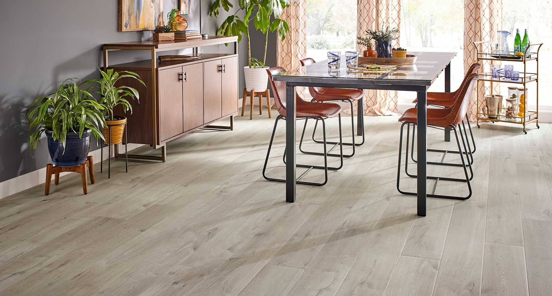 Graceland Oak Natural Authentic Laminate Floor Grey Color Oak Wood Finish 10mm 1 Strip Plank Laminate Flooring Easy T Pergo Outlast Pergo Flooring Flooring