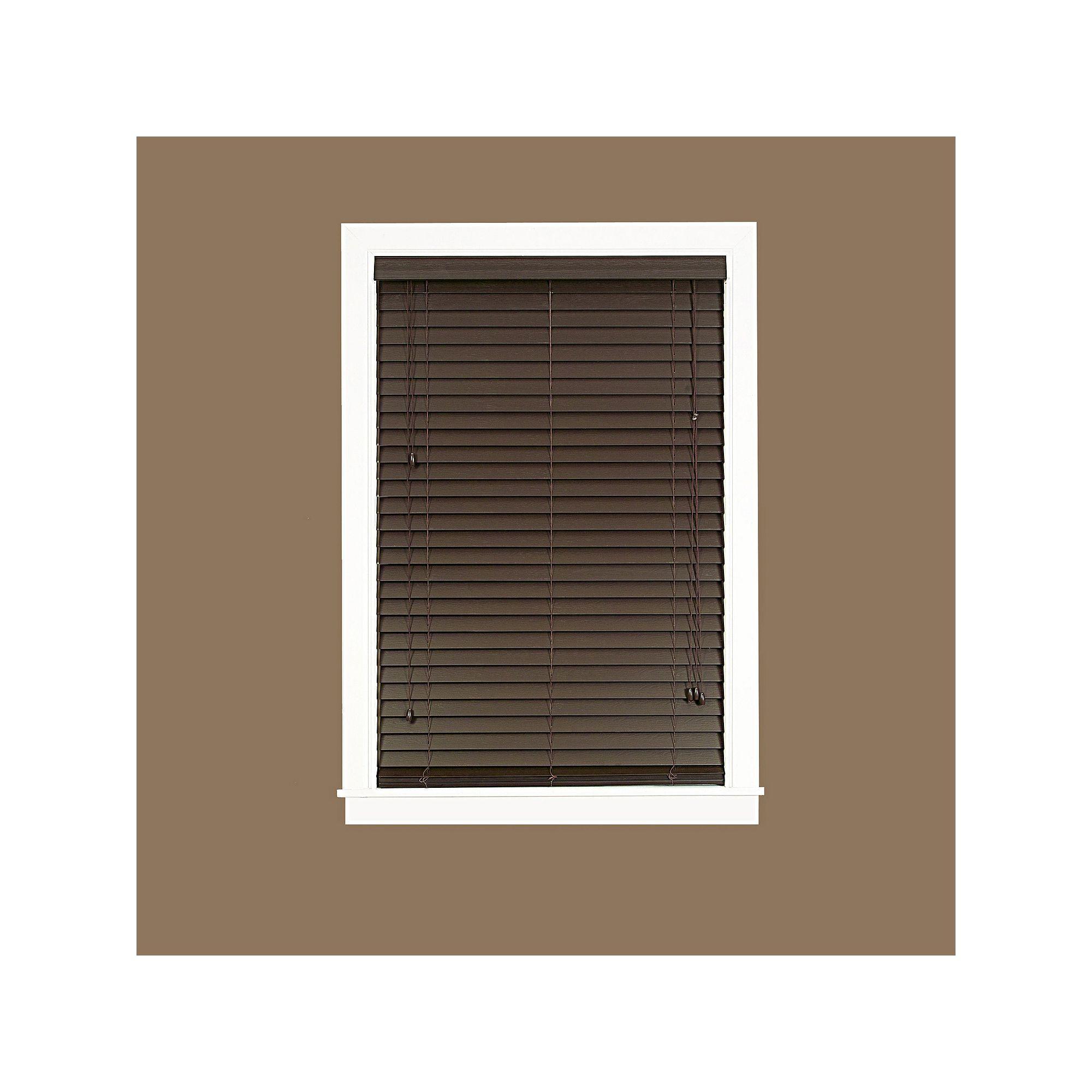 Madera Falsa Room Darkening 2 Slat Faux Wood Plantation Blinds