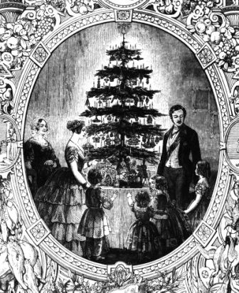 The Famous English Engraving Of Queen Victoria And Prince Albert And Their Tree In 1848 The German Born Alb Viktorianische Weihnachten Prinz Albert Geschichte