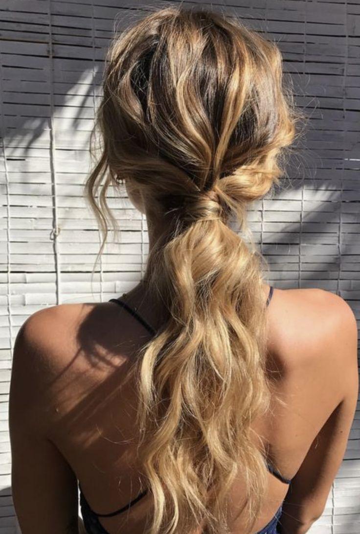 easy beachy ponytail hairstyle | Hair in 2019 | Hair, Wavy ...