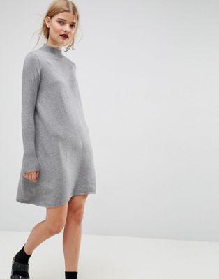 Vestido de punto de mezcla de cachemir con cuello alto de ASOS