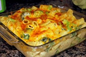 {Recipe} Cheesy Broccoli Pasta Bake - LoveLiveGrow