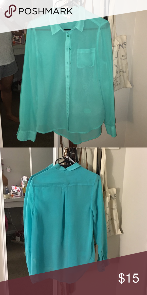 AEO Long Sleeve Shirt Long Sleeve Buttoned Shirt. Worn few times, in excellent condition. American Eagle Outfitters Tops Button Down Shirts