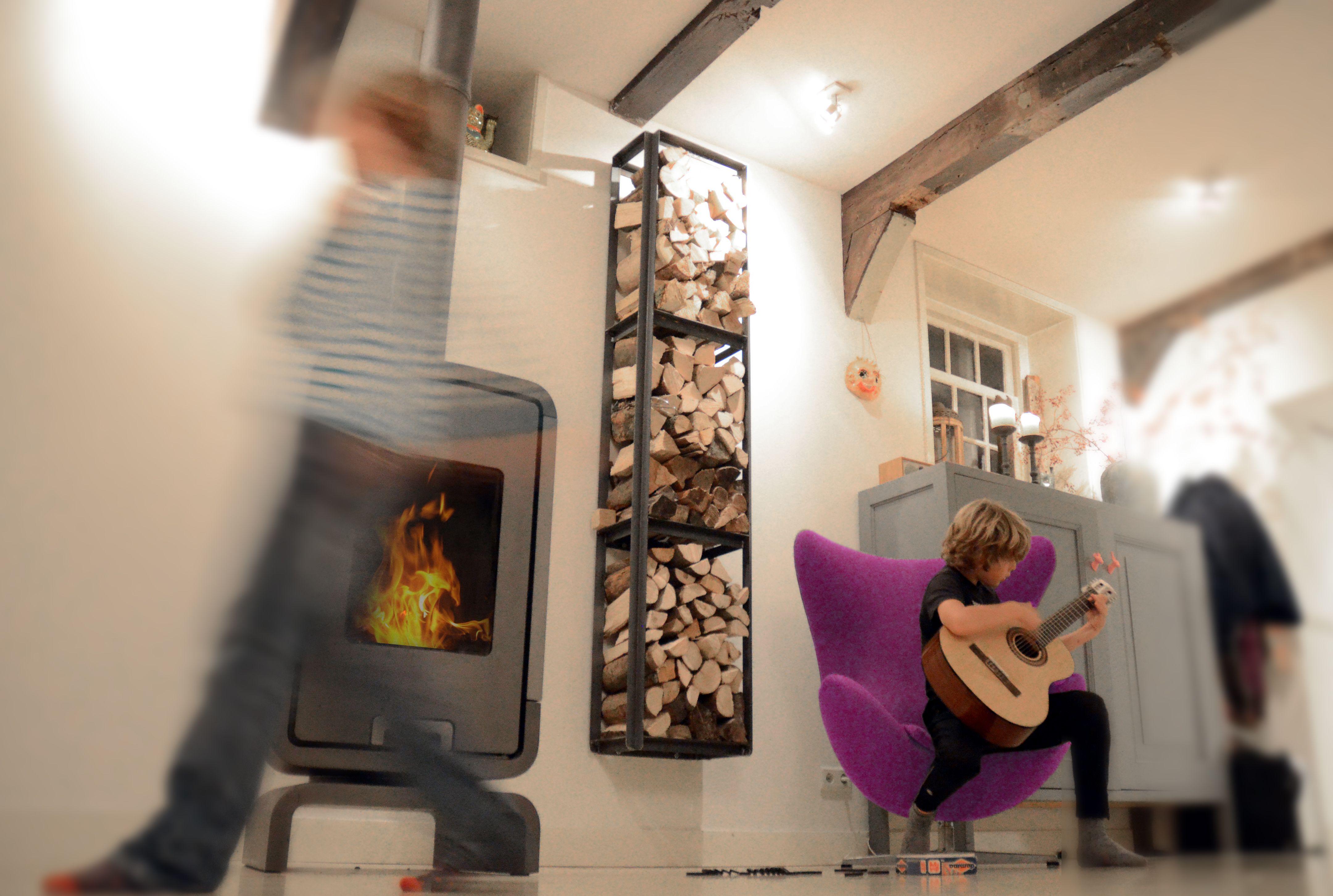 Burn baby burn! The Woodstack at Daddy's houtopslag, ijzeren rek