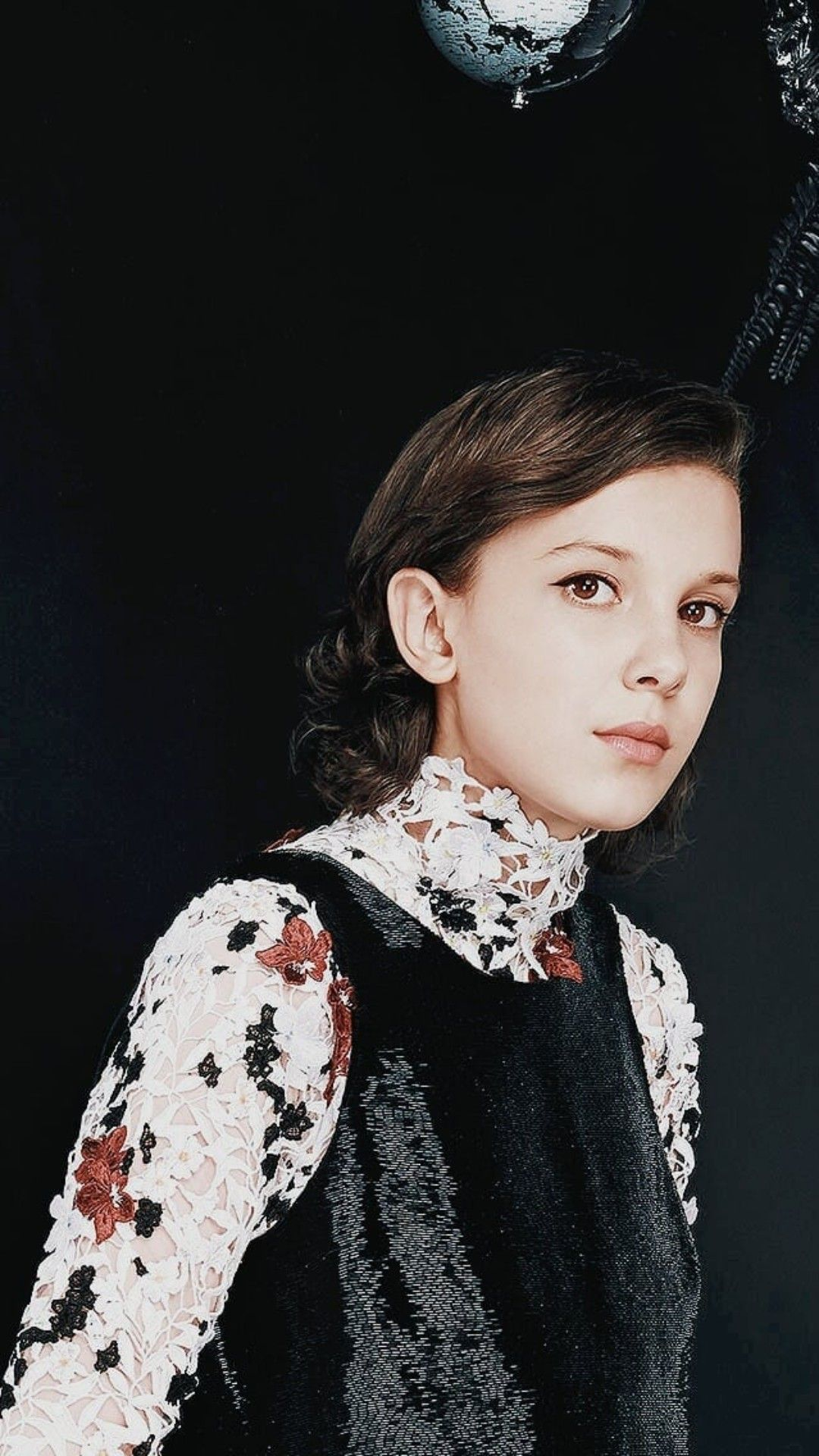 Pin By Izzygogis On Millie Bobby Brown Stranger Things Millie Bobby Brown Bobby Brown