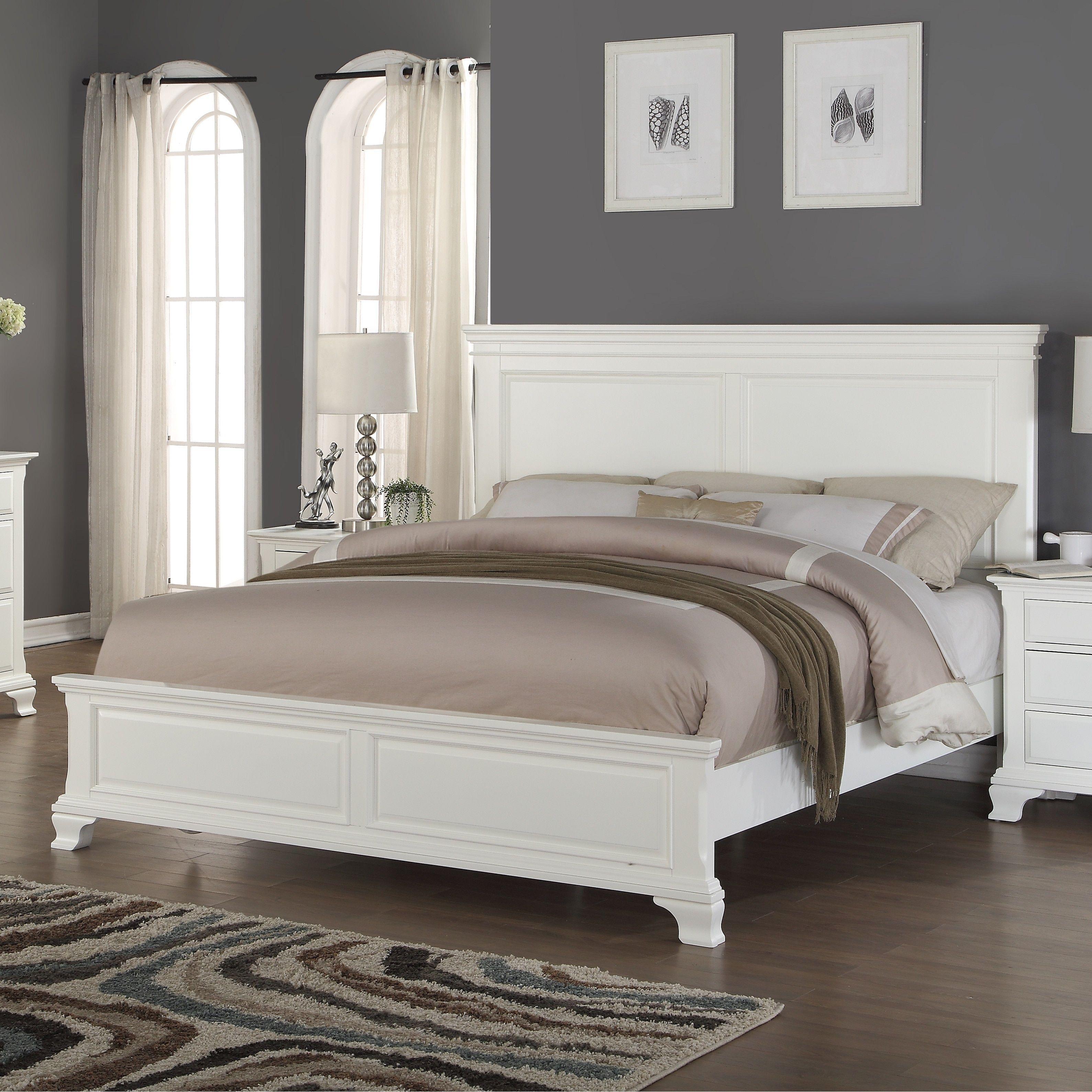 012 White Wood Bed, King (King)