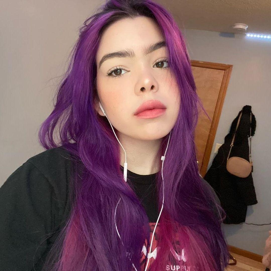 V4cj4 Goth Gf Mode Activated In 2020 Fox Hair Dye Emo Hair Color Light Purple Hair