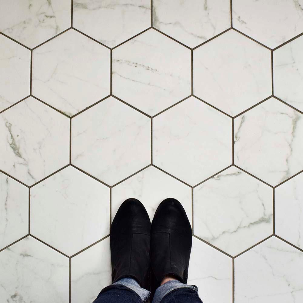 Merola Tile Carrara Hexagon 7 In X 8 In Porcelain Floor