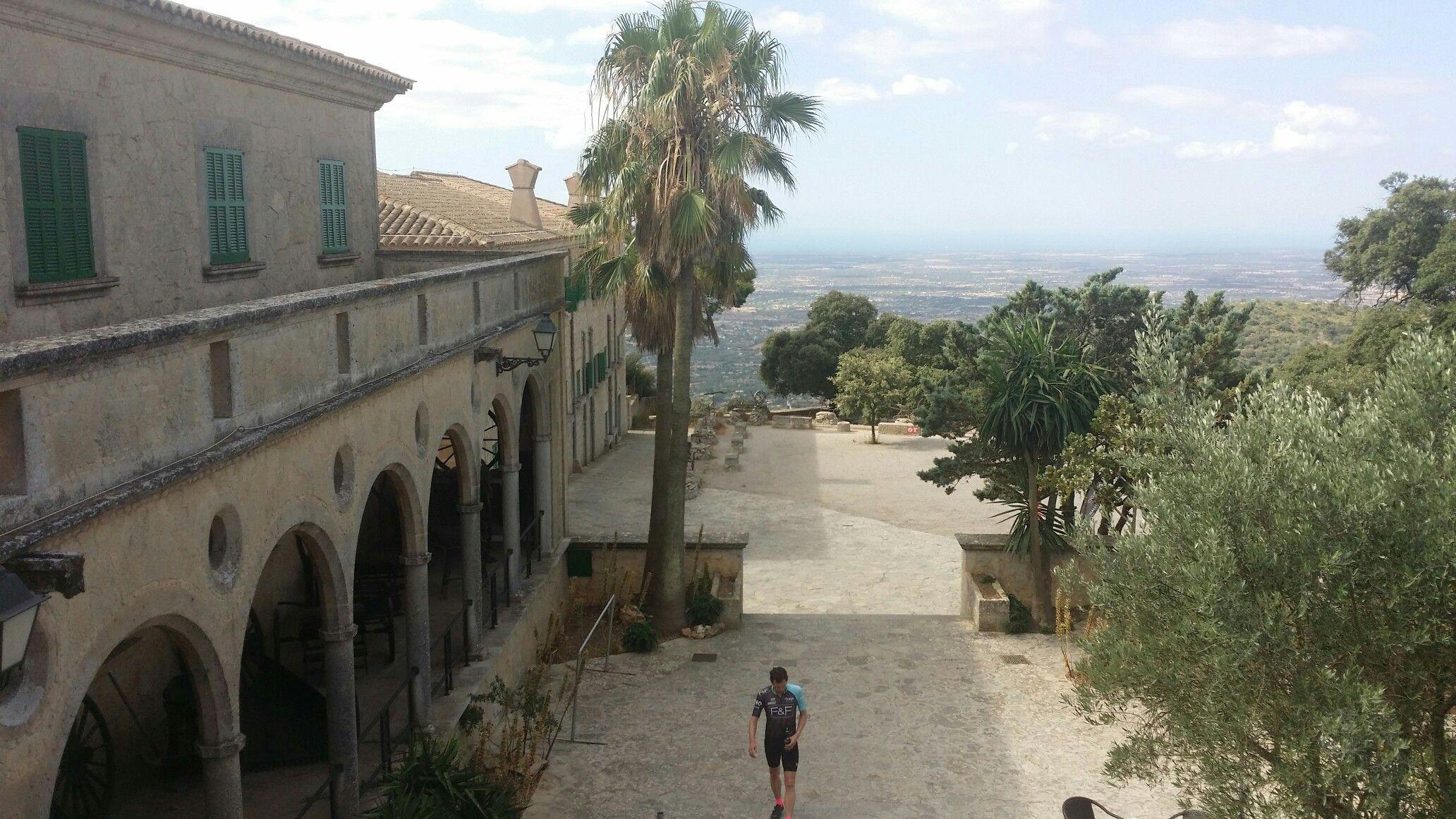 Santiari de cura, Mallorca