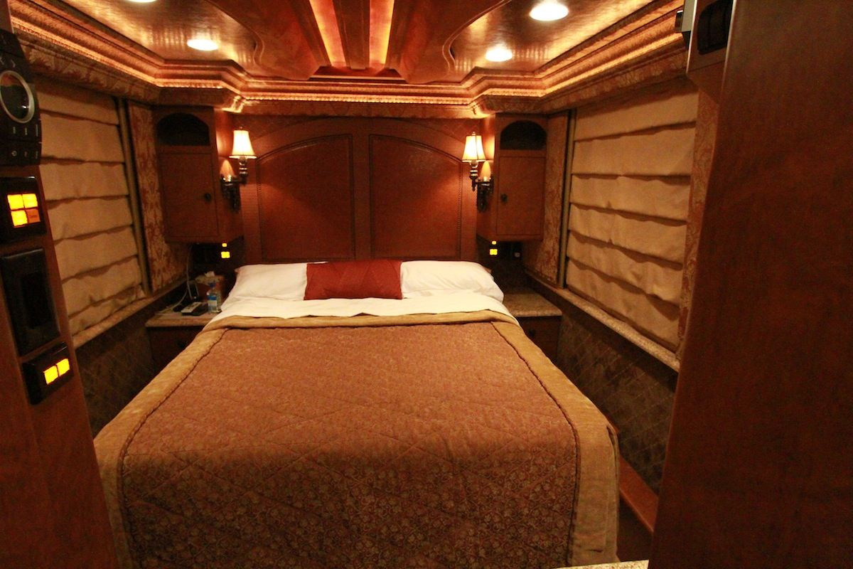 Ron Whites Luxurious Master Bedroom In His Motor Home See MORE Celeb Homes Here