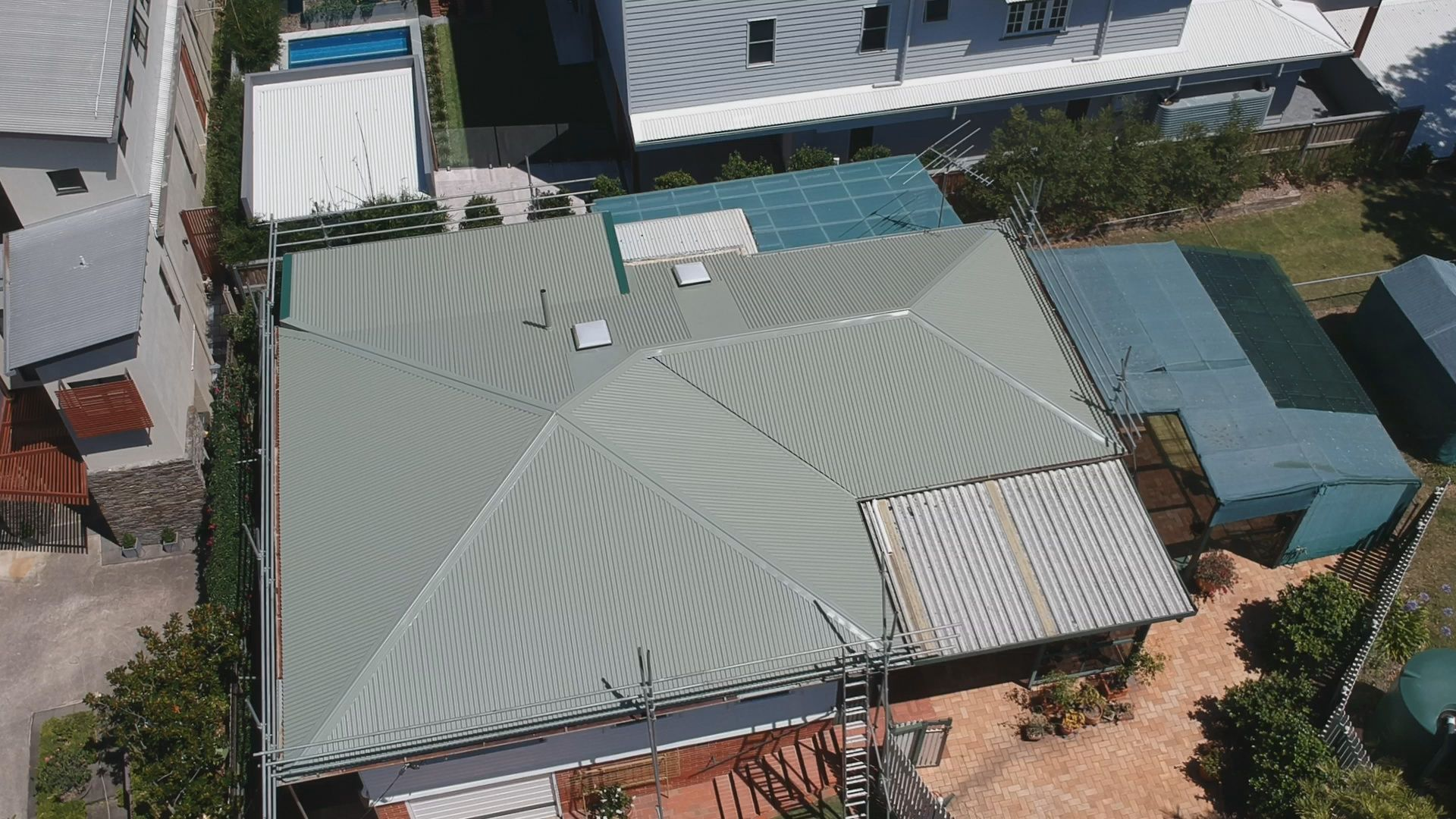 Metal Roofing Replacement In The Beautiful Suburb Of Red Hill The Home Of The Majestic Jubilee Catholic Church The Owners Contact Metal Roof Roofing Red Hill