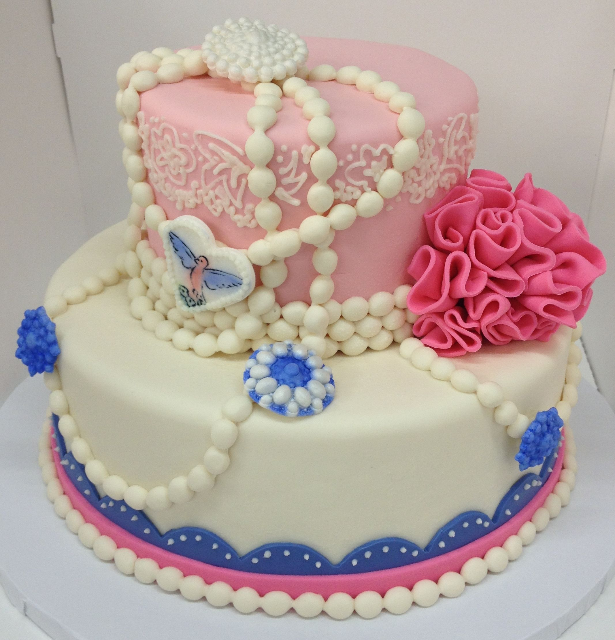 An adorable princess cake perfect for any young lady by 3 Women and an Oven in Overland Park, KS  http://3womendesserts.com/