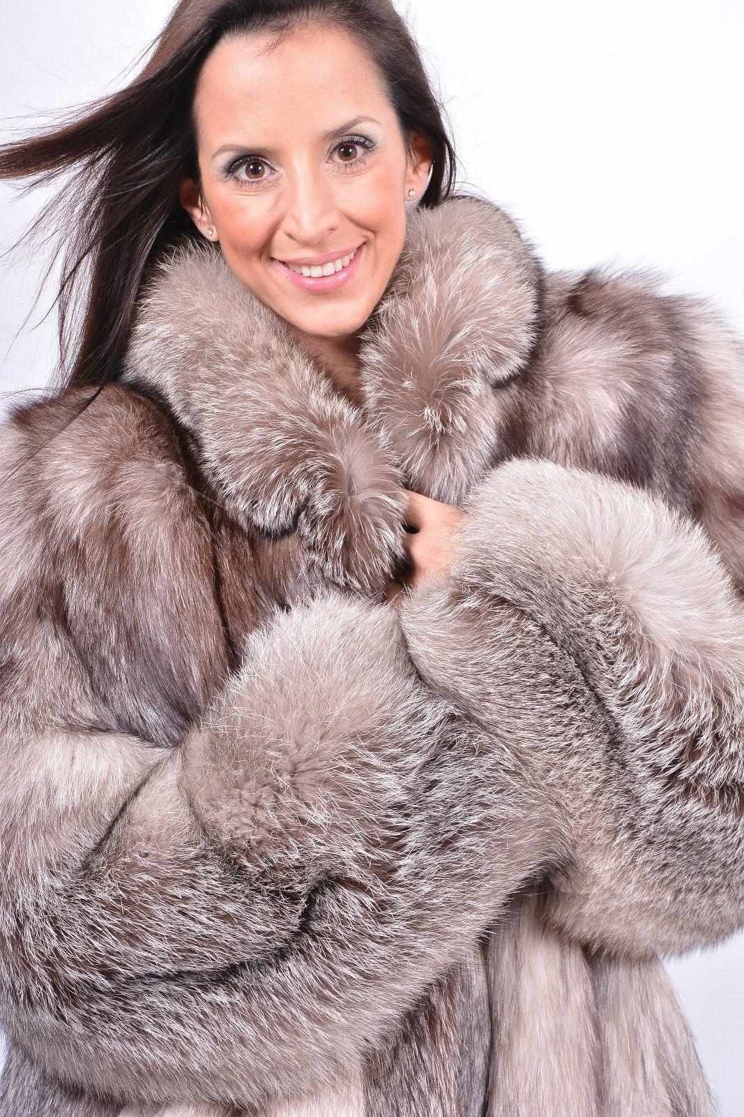 Saga Silver Fox Fur Coat Silberfuchs Manteau de Fourrure de Renard Blue  White  9d2005052c2b