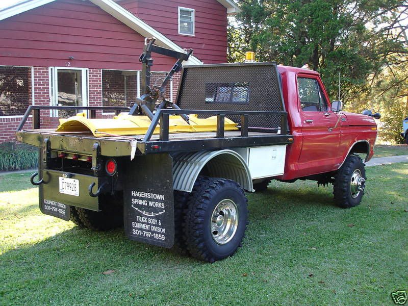 1986 Ford 4x4 Truck Click the image to open in full size