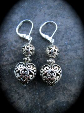 Pewter silver filigree heart earrings in true Brighton style! they feature leverback closures and measure 1 1/2 in length from top of