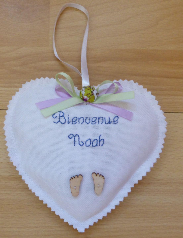 cadeau de naissance, coeur en tissu, brodé, : Textiles et tapis par alsace-gourmets