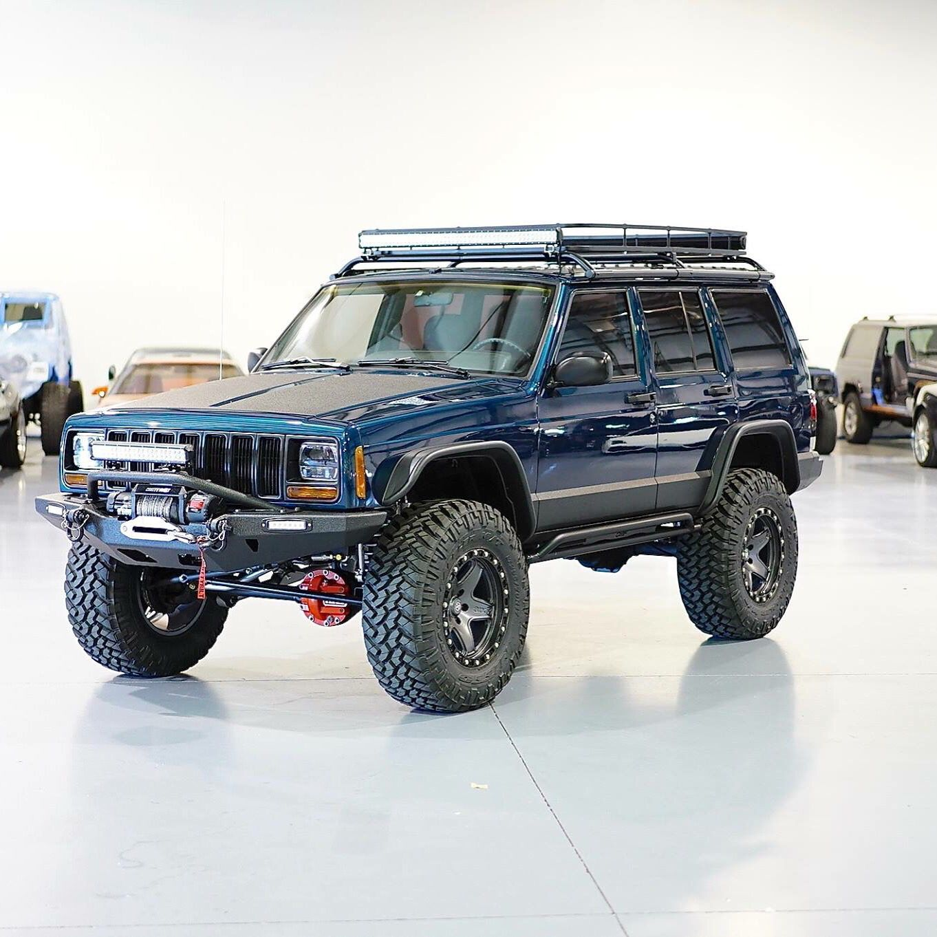 lifted jeep cherokee by davis autosports four wheels of fury pinterest lifted jeep. Black Bedroom Furniture Sets. Home Design Ideas