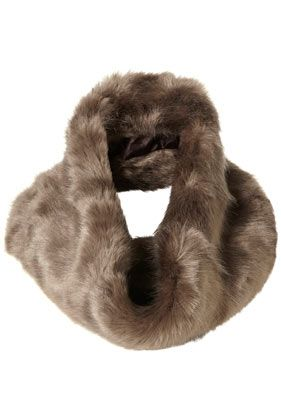 Faux Fur Doughnut Snood - StyleSays