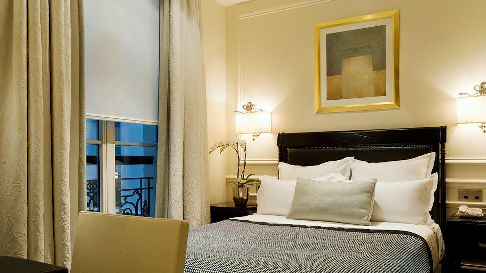 Hotel Keppler, Île-de-France, France Luxury Hotels and Designs