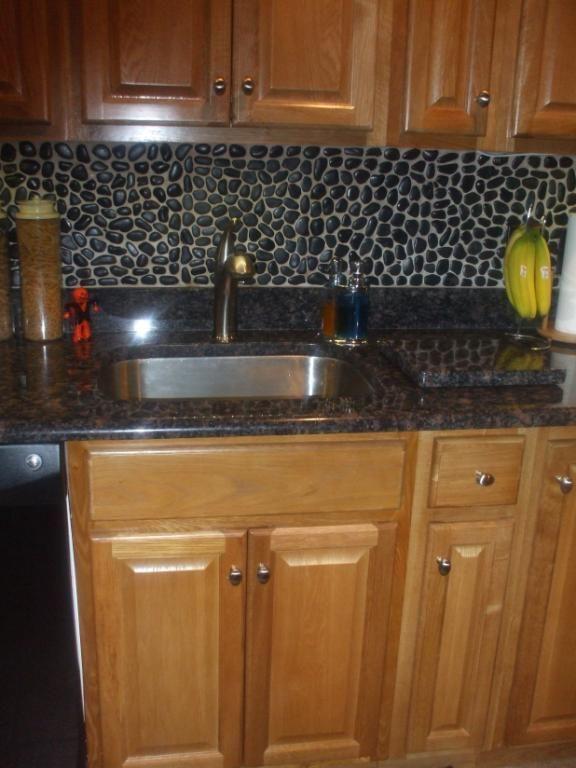 Cobblestone Back Splash Kitchen