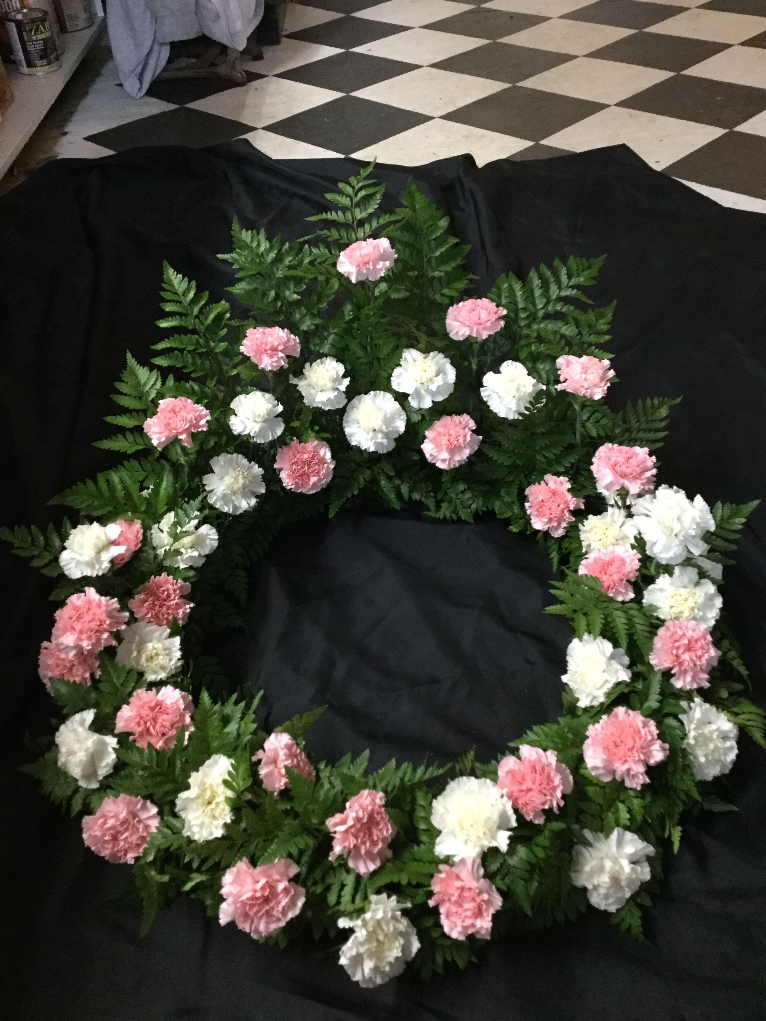 Funeral Flowers Wreath For Urn Pink Carnations White Carnations Funeral Flower Arrangements Flower Arrangements Pink Carnations