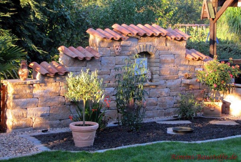 Teja Curva – Farbe Viellja castilla – mediterrane Gartenmauer mit Betonsteinen und Mauerabdeckung