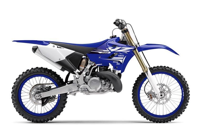 2018 Yamaha Yz250 Yamaha Dirt Bikes 125cc Dirt Bike Dirt Bike Helmets
