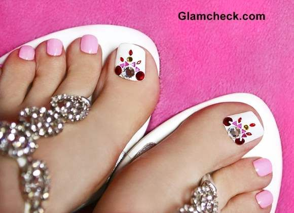 How to do a crystal nail art pedicure at home nail art how to do a crystal nail art pedicure at home prinsesfo Choice Image