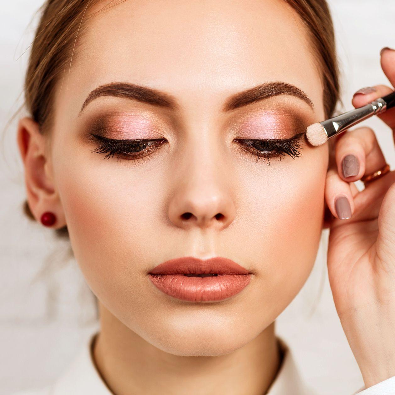 Augen schminken: 8 Profi-Tricks für jede Augenform   Blaue