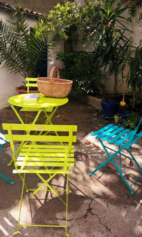 Un Salon De Jardin Pour Le Prix D Un Dejeuner En Terrasse Terrasse Jardins Chaise De Jardin