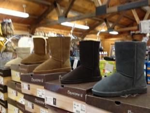 All Bearpaw Boots Off Penbay Pilot I Want These Marshalls Bearpaw Boots Shoes