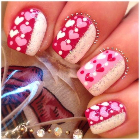 heart and glitternailsinstyle  nail me 2 the wall