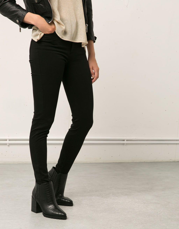Pantalón Básico 5 bolsillos-Bershka