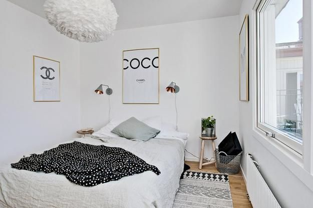 Black White Decorating Ideas In Scandinavian Style To Make Small Rooms Look Bright And Large Small Bedroom Bedroom Design Small Room Interior